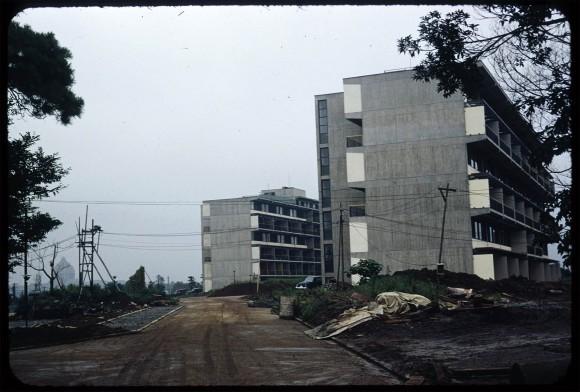 embassy04
