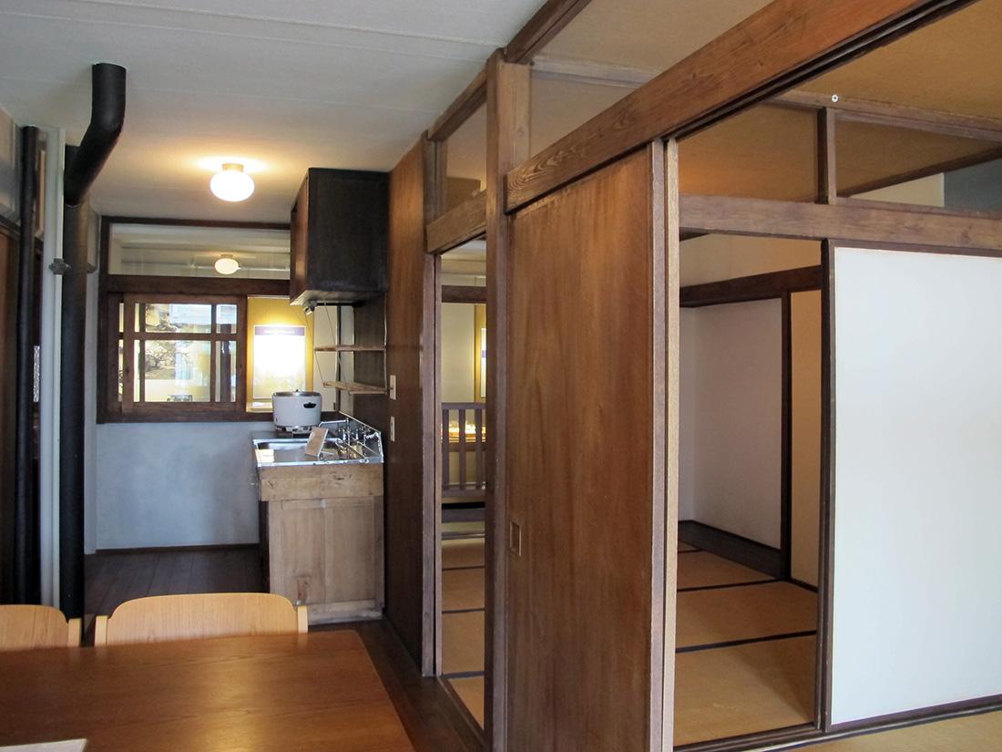 Inside Maekawa S Harumi Apartments